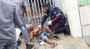 Homem é agredido com pauladas na cabeça na Vila Isabel
