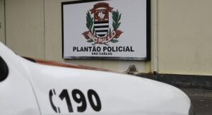Ladrão é flagrado em interior de veículo, perseguido e detido pelas vítimas