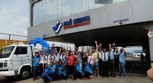 Jaú Serve faz festa e entrega T-Cross e Audi A3 para clientes ganhadores de promoção