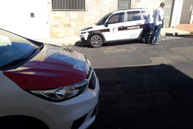 Homem é encontrado morto em residência na Vila Nery