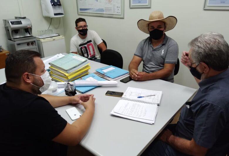 Vereador Bira busca ajudar proprietários do Residencial Arcoville