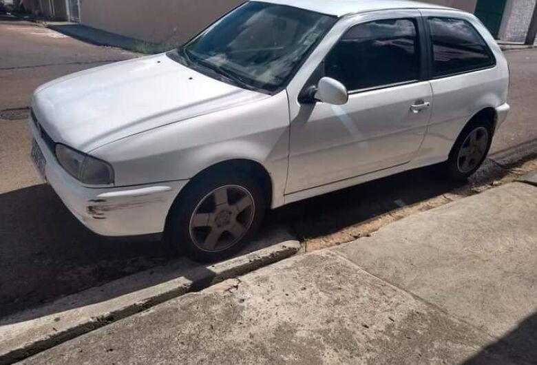 Ladrão furta Gol no centro e família pede ajuda para localizar carro
