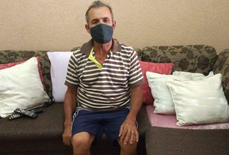 No grupo de risco e após 15 dias intubado, aposentado vence a Covid-19