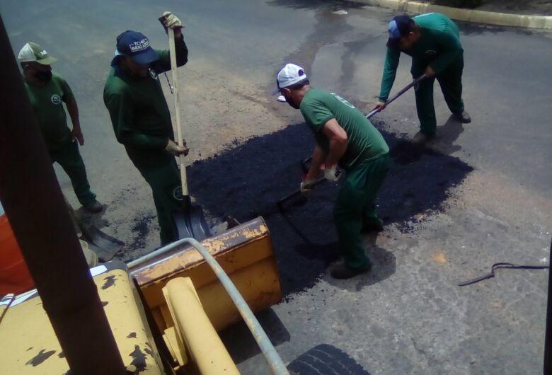 Ibaté tem Tapa-buraco em ruas de vários bairros