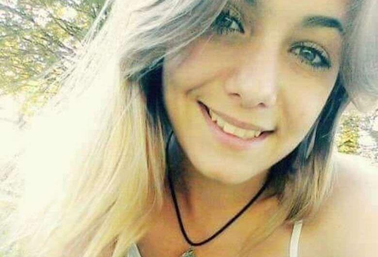 Após um ano, mãe busca provar que filha não morreu de overdose