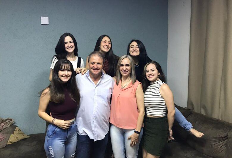 Família escolhe a UNICEP e tem cinco filhas matriculadas na instituição