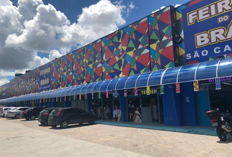 São Carlos ganha shopping popular com 228 lojas