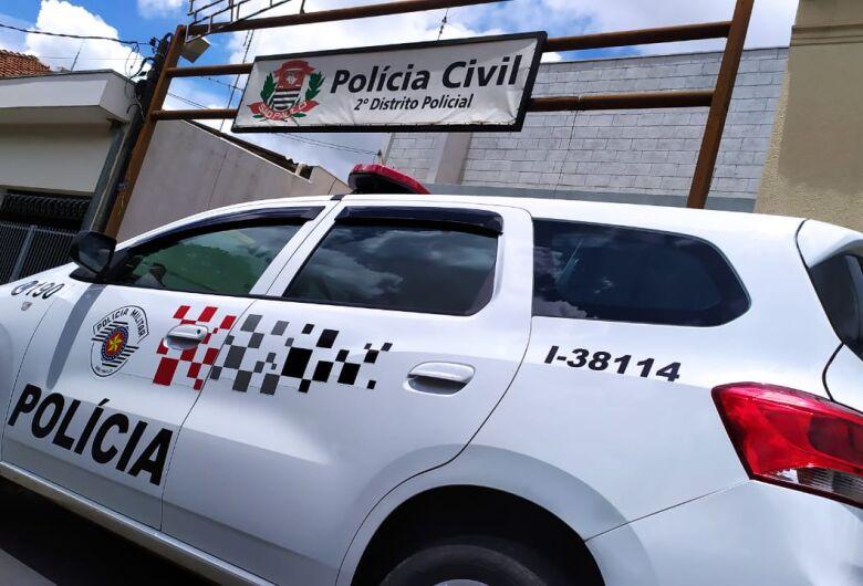 Populares e PMs detém dupla após tentativa de roubo na Vila Prado