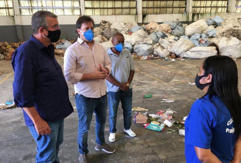 Parceria com cooperativa pode ampliar coleta de recicláveis em São Carlos