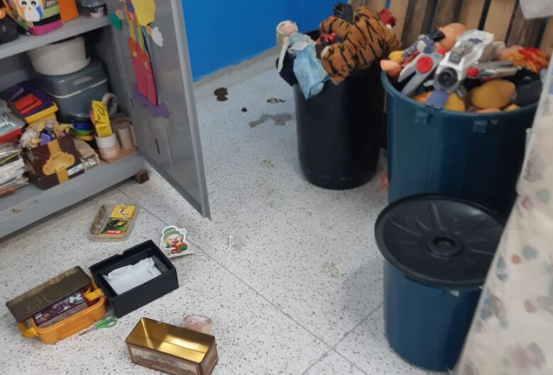 Morador de rua é preso em flagrante durante furto ao Cemei