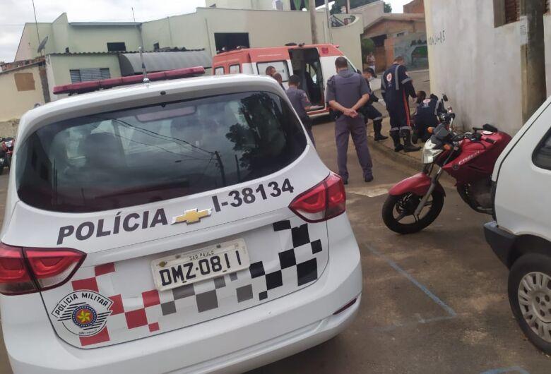 Mulher esfaqueia marido após ser agredida no Jardim Gonzaga