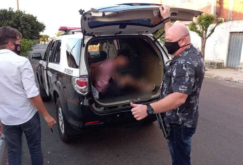 DIG prende acusado de matar pedreiro no Portal do Sol