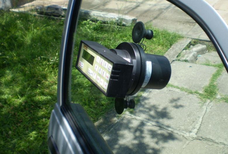Ipem-SP verifica películas nos vidros dos veículos