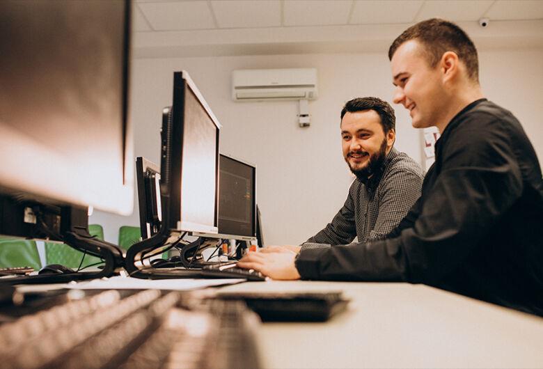ICMC São Carlos e Esalq oferecem oportunidade de bolsa em projeto de desenvolvimento de software