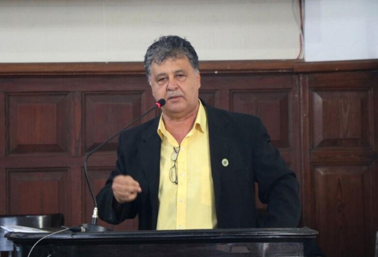 Airton Garcia promove mudanças no comando das secretarias de esporte e obras públicas