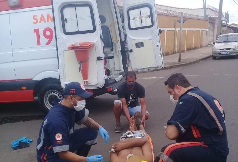 Casal fica ferido após colisão no Cruzeiro do Sul