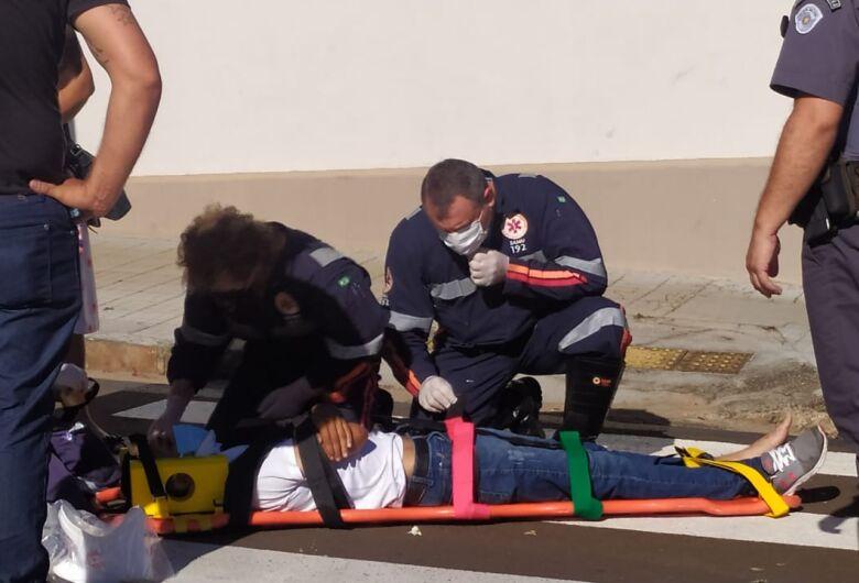 Imprudência causa acidente e uma pessoa fica ferida
