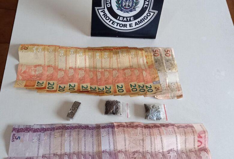 GM de Ibaté apreende drogas em praça
