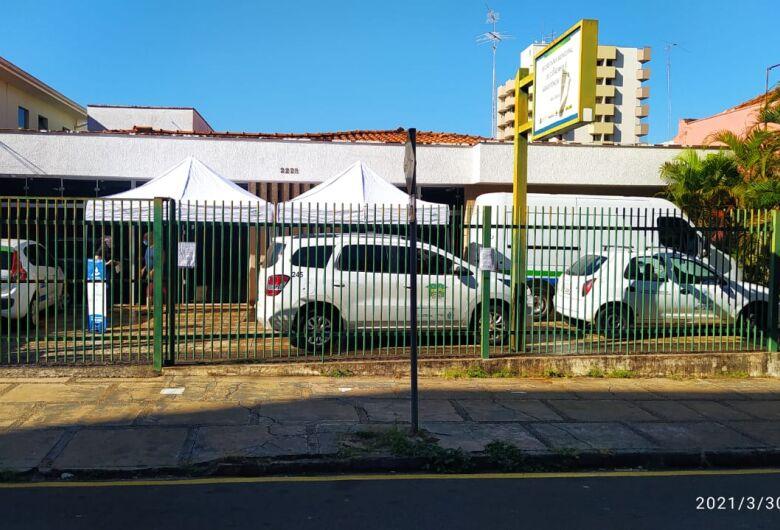 """""""Assistência social não é serviço essencial?"""", questiona vereador Elton Carvalho"""