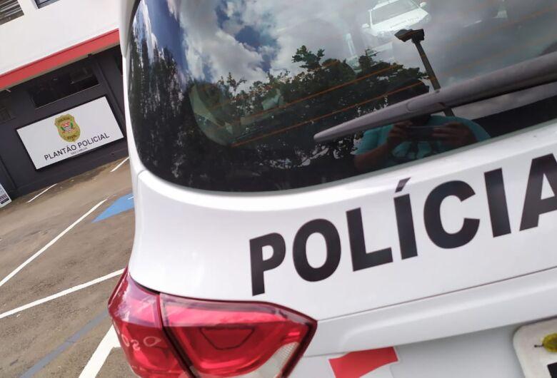 Ladrão é reconhecido por vítima após roubo a restaurante
