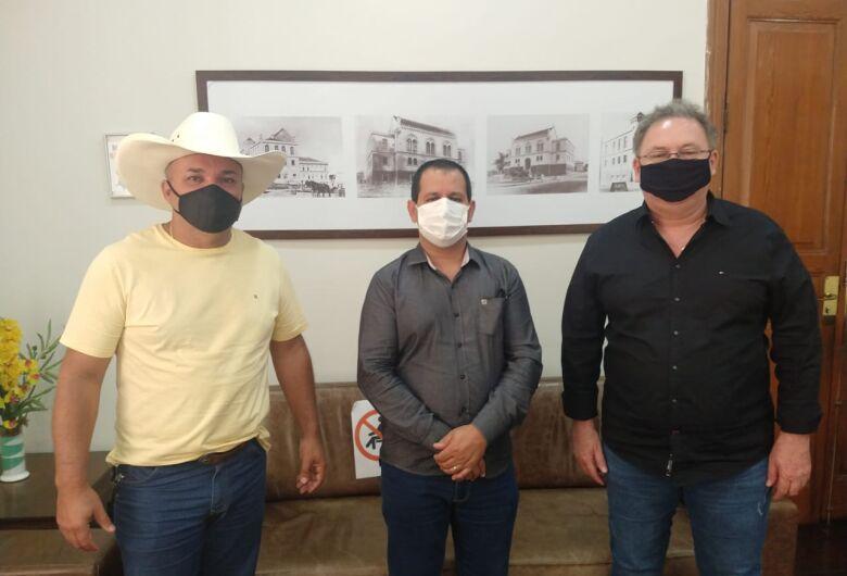 Vereador Bira encaminha a deputado federal pedido de recursos para combate à Covid-19 em São Carlos