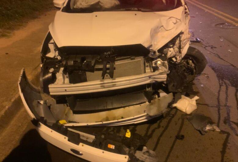 Motorista sem habilitação provoca acidente na região do Jd. Zavaglia