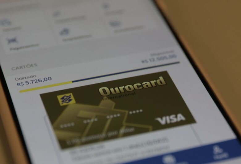 Conta no banco sem precisar pagar taxas e tarifas; Saiba como solicitar