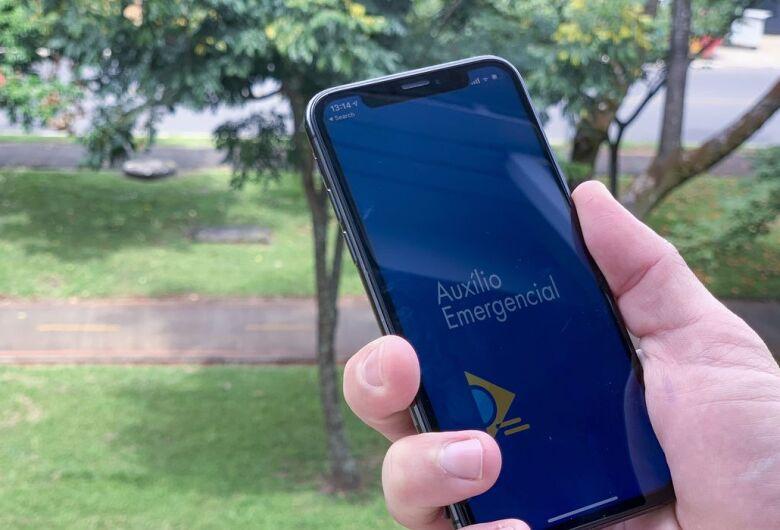 Nova rodada do auxílio emergencial começa a ser paga hoje; confira quem vai receber primeiro no calendário