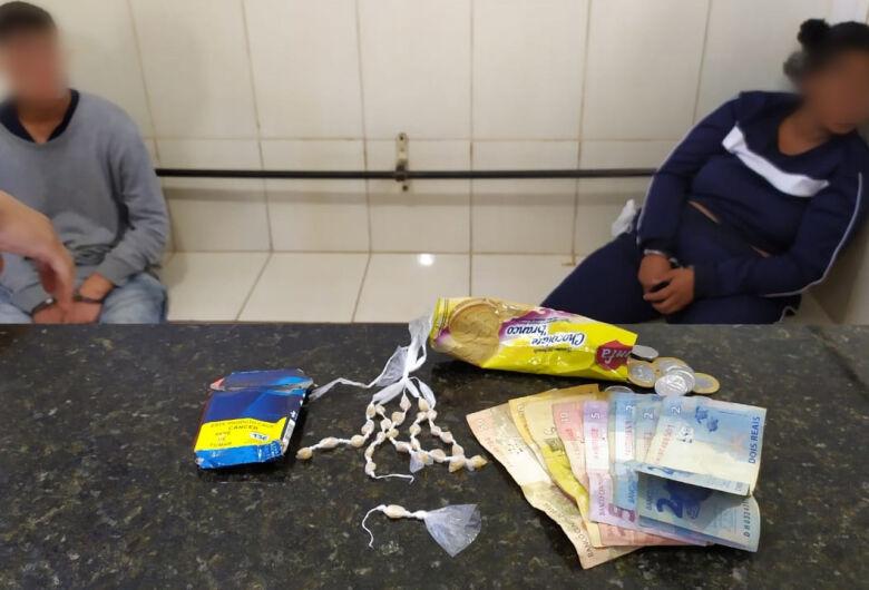 Polícia Militar apreende casal com crack na Vila Isabel