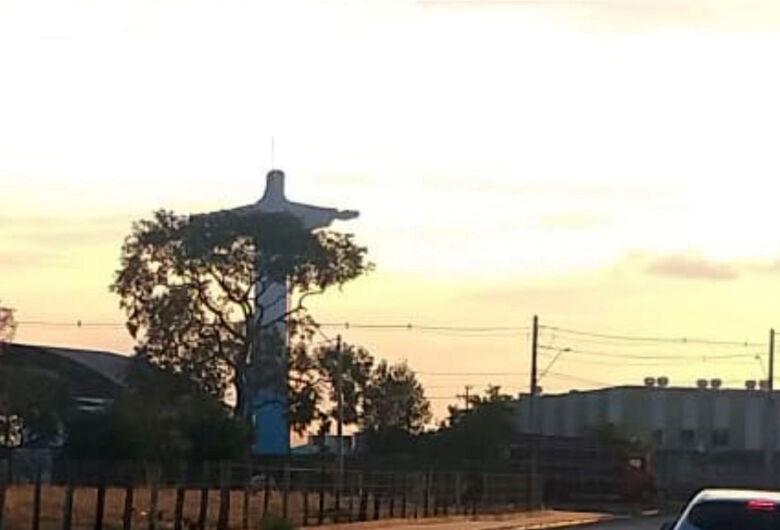 Bandidos assaltam boate na região do Cristo em Araraquara