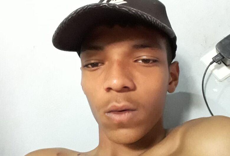 Família procura jovem de 15 anos que está desaparecido há 4 dias