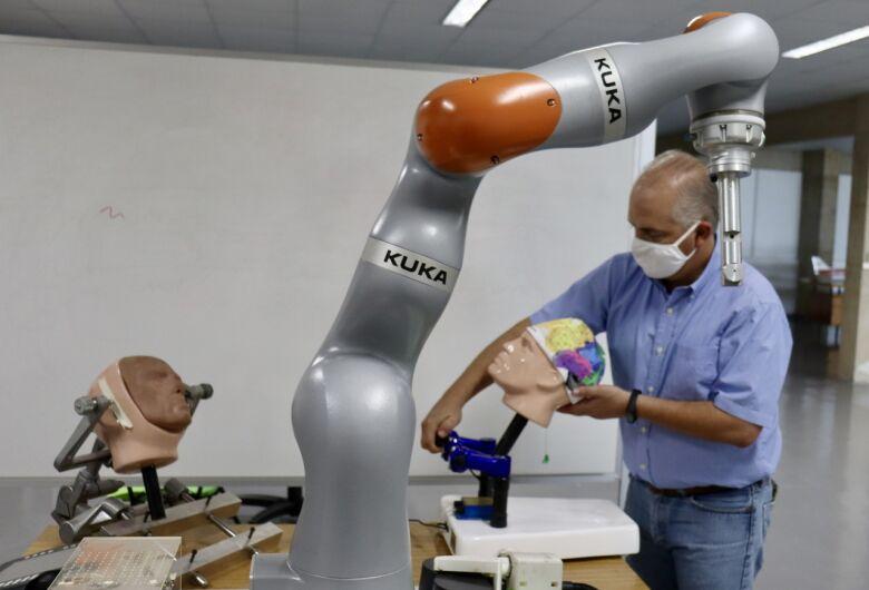 Robô deve ajudar médicos em cirurgias com crianças que sofrem de epilepsia