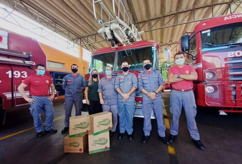 Destilaria doa 180 litros de álcool 70% ao Corpo de Bombeiros de São Carlos