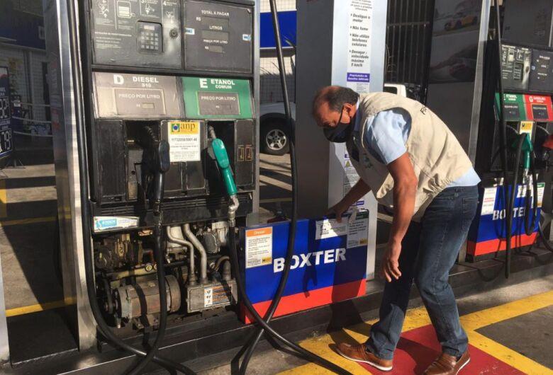 Bomba de combustível lidera reclamações no Ipem-SP