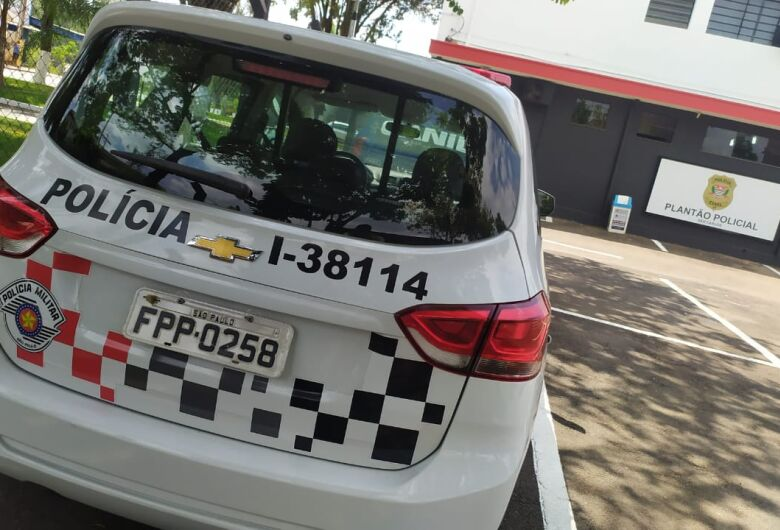 Comerciante acusa ajudante de furtar cofre com R$ 12 mil