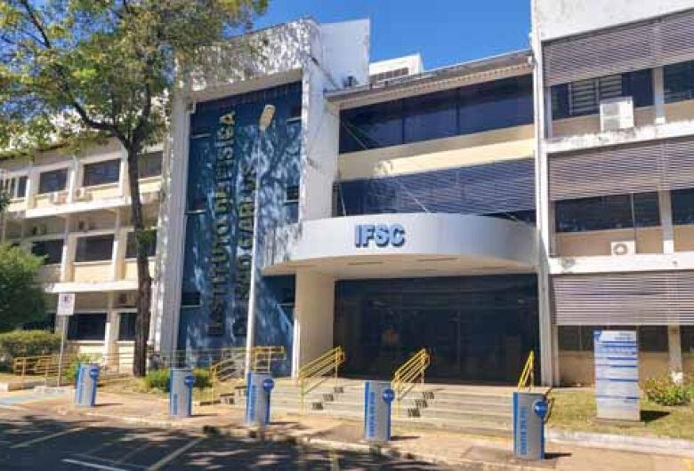 IFSC/USP São Carlos recepciona calouros em cerimônia virtual