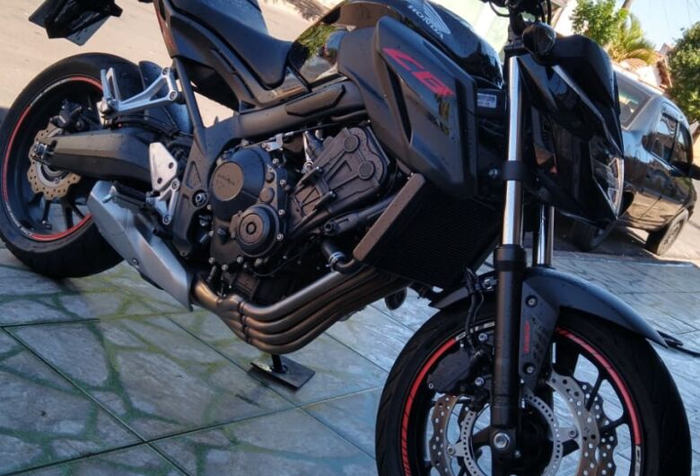 Vítima pede ajuda para localizar moto roubada em Ribeirão Bonito
