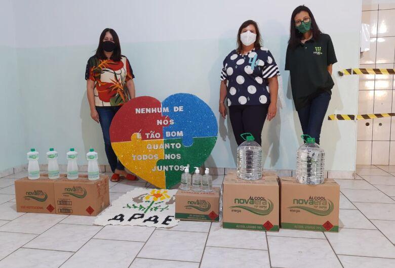 Apae de Ibaté recebe doação de álcool 70% de destilaria