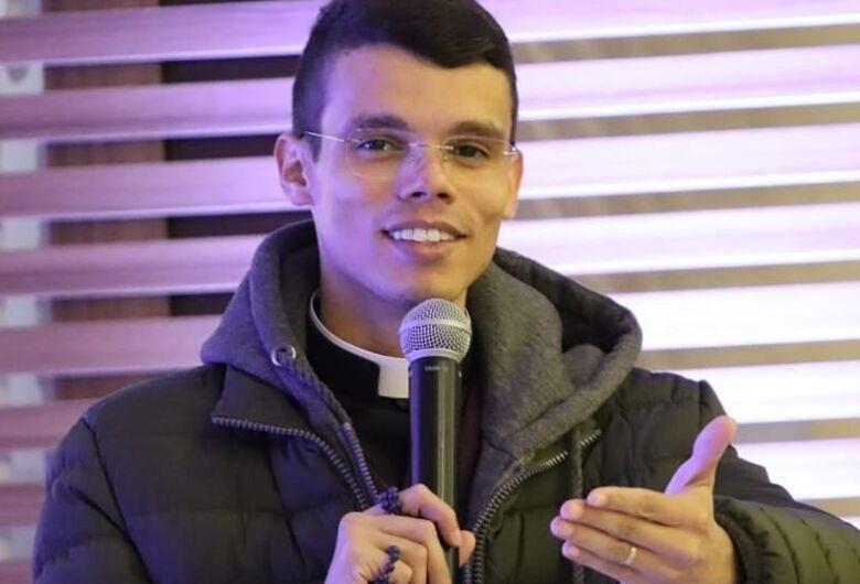Padre da Diocese São Carlos tem artigo publicado no Vatican News