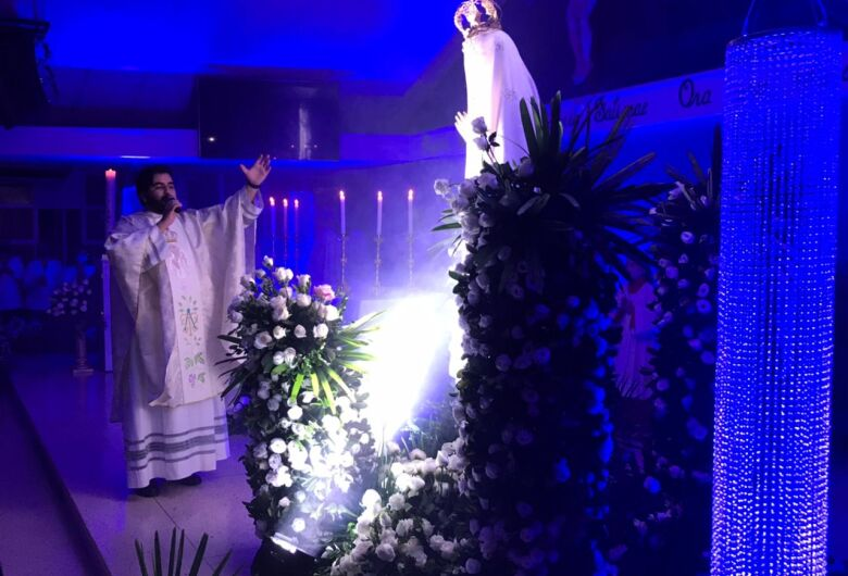 Paróquia Nossa Senhora de Fátima celebra dia da padroeira