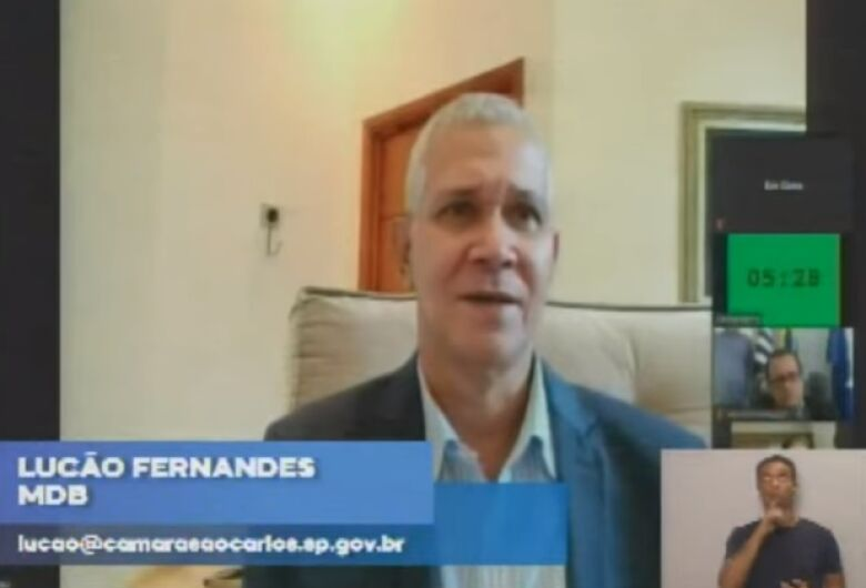 """Coronavírus vem pra destruir"", diz Lucão Fernandes"
