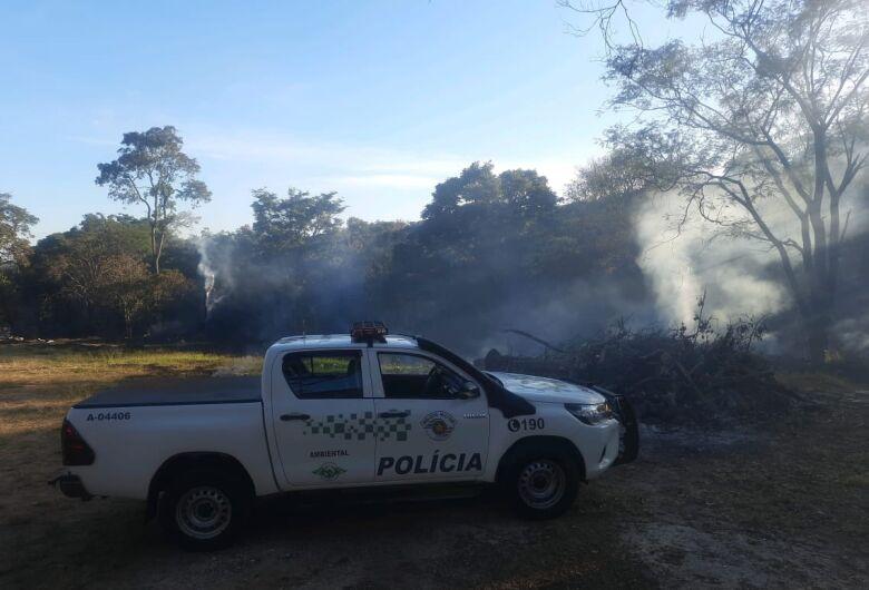 Homem é multado por promover queimada na área rural de São Carlos