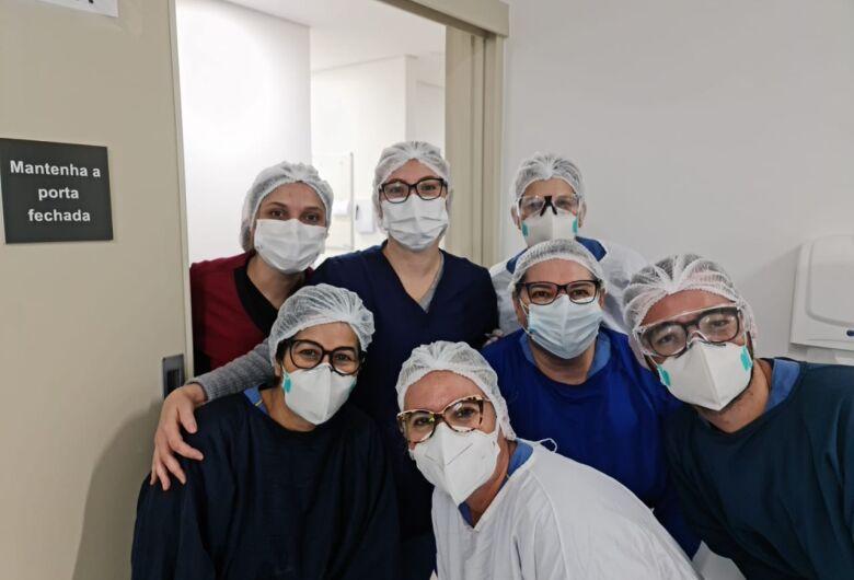 Enfermeiras de São Carlos mostram profissionalismo e atitude em época de pandemia da Covid-19