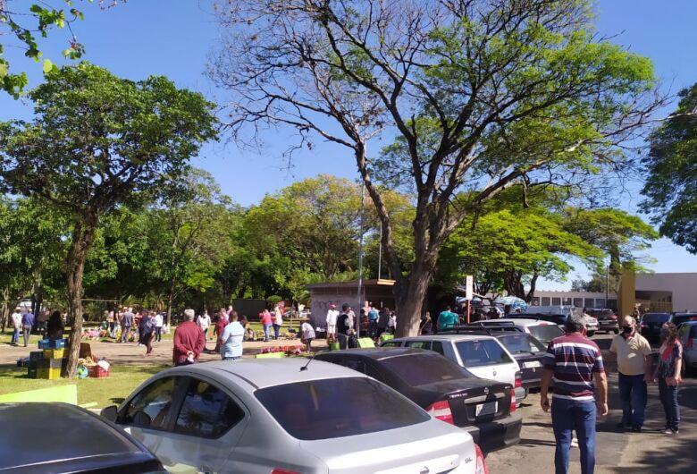 Departamento de Fiscalização orienta ambulantes sobre a venda nos cemitérios no Dias das Mães