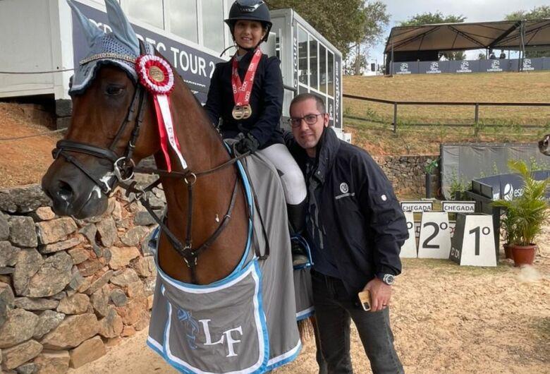 Luiza Fauvel faz a festa é conquista mais um título em Itatiba