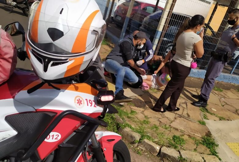 Menina de 10 anos fica ferida após acidente na Vila Nery