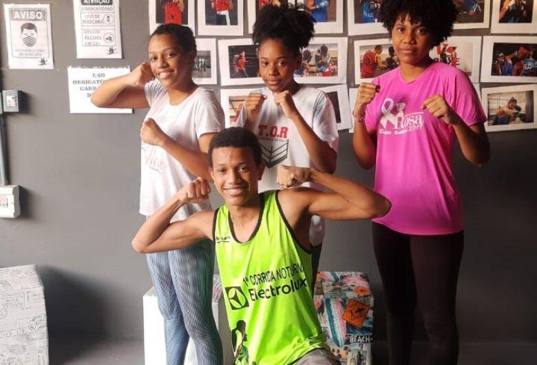 Quatro irmãos são-carlenses mostram talento no boxe