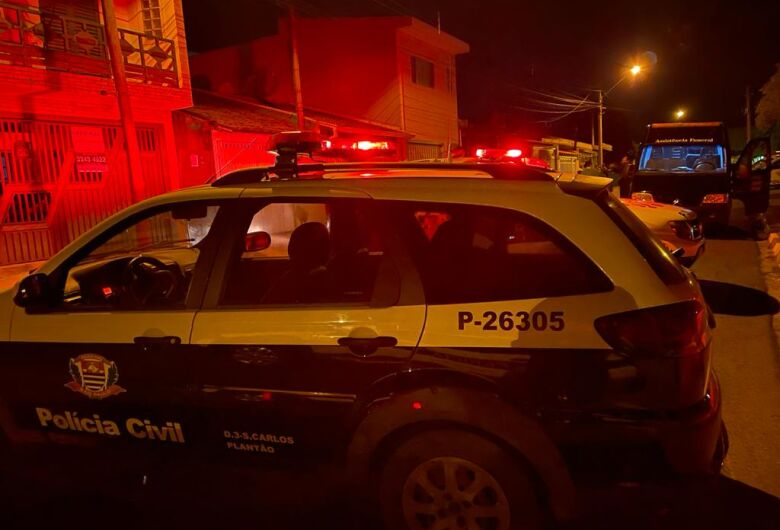 Auxiliar geral é morto com três tiros no rosto em Ibaté; criança de 2 anos é atingida no ombro