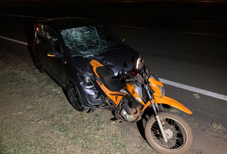 Casal morre após moto ser atingida por carro na Washington Luis