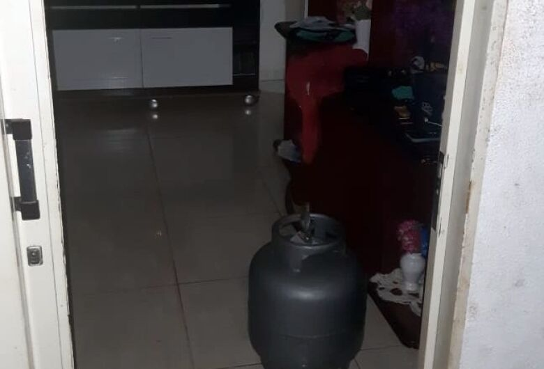 Após discutir com familiares, homem ameaça explodir residência no Jardim Medeiros